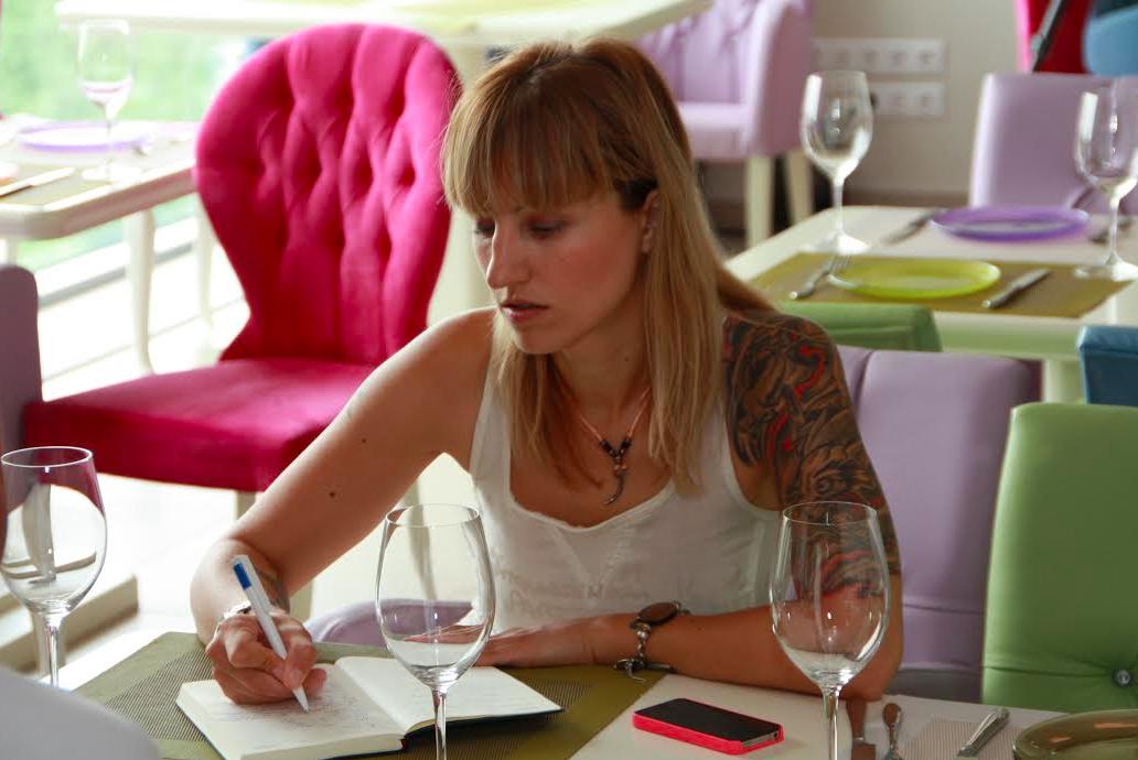 Как стать главным редактором кулинарного журнала?