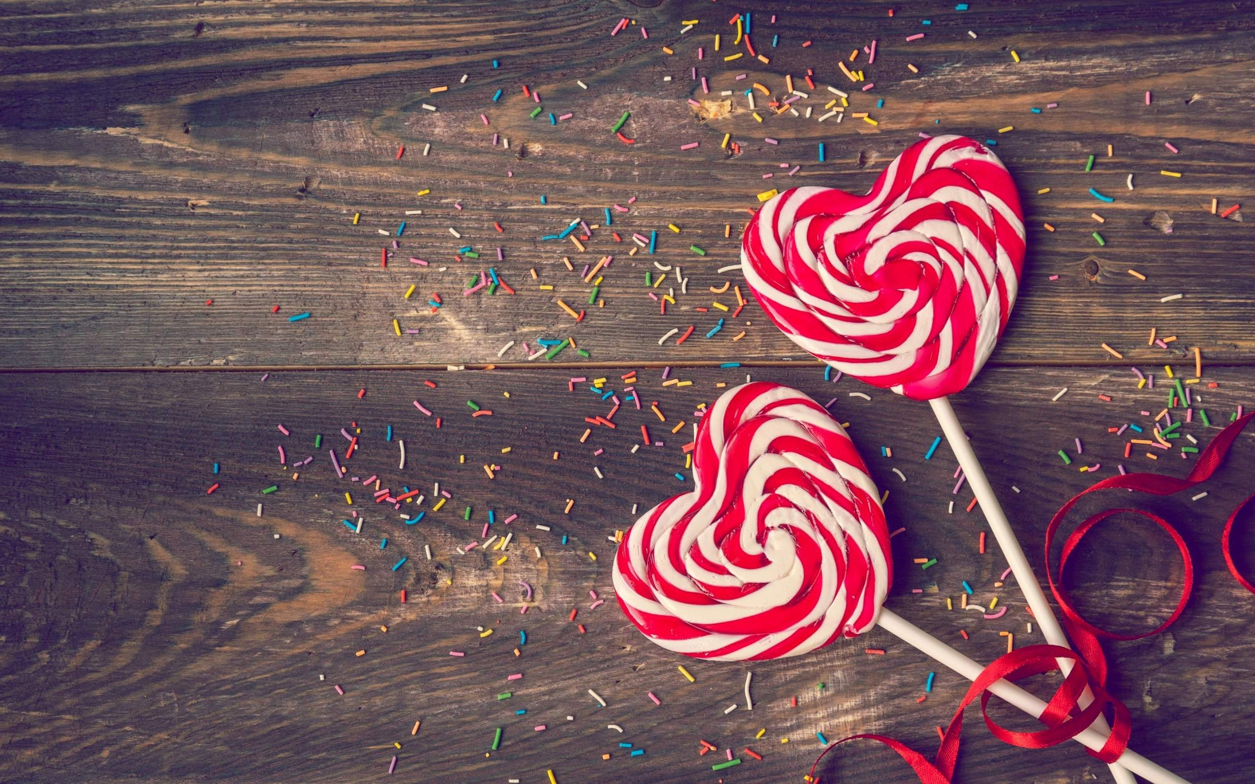 heart-lollipops-