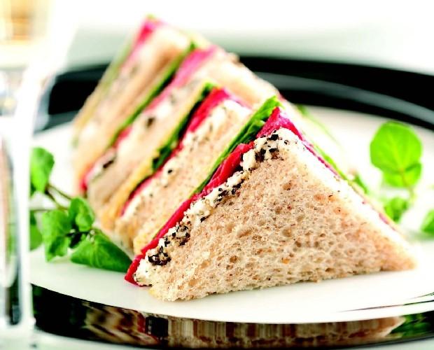 5 ситуаций в которых выручат бутерброды