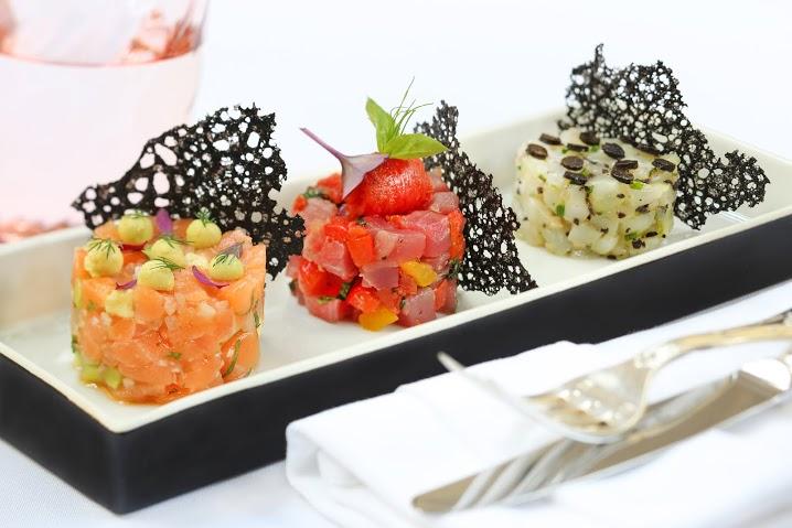 Рецепт трех видов морского тартара – лосось, гребешки, тунец