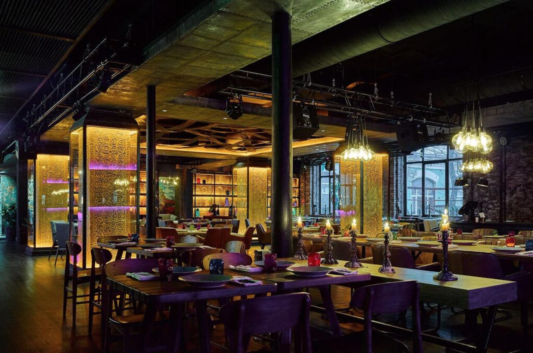 Кирилл Гусев открыл ресторан индийской кухни «Жизнь Пи»