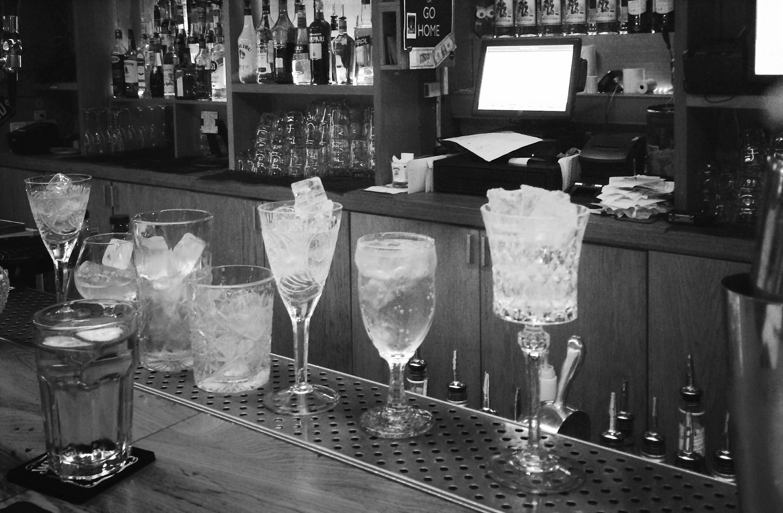Секретное коктейльное меню в баре «Дорогая, я перезвоню»