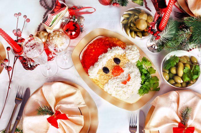 Новогоднее переедание: как избежать тяжелых последствий праздников