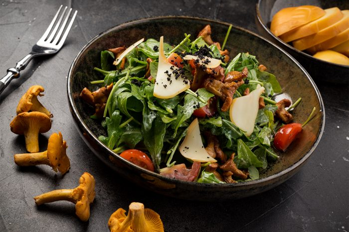 Рецепт салата из лисичек