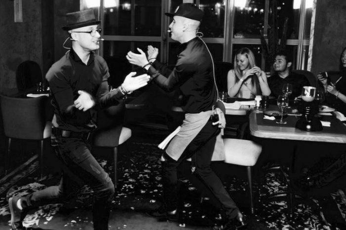 Поющие официанты ресторана The Waiters стали участниками музыкального шоу «Голос» на 1 канале.