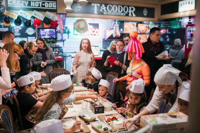 Food Market 21 на Новом Арбате открыл детскую кулинарную школу выходного дня