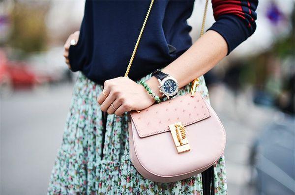 Как носить мужские часы женщинам? Топ-5 образов