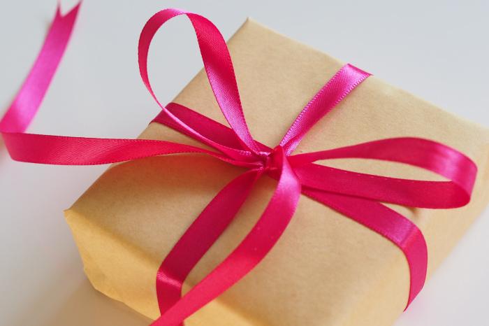 Топ - 10 лучшее: подарки на 8 марта. 1 часть
