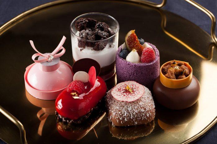 Десерты от Грегори Дойена в Кофемании