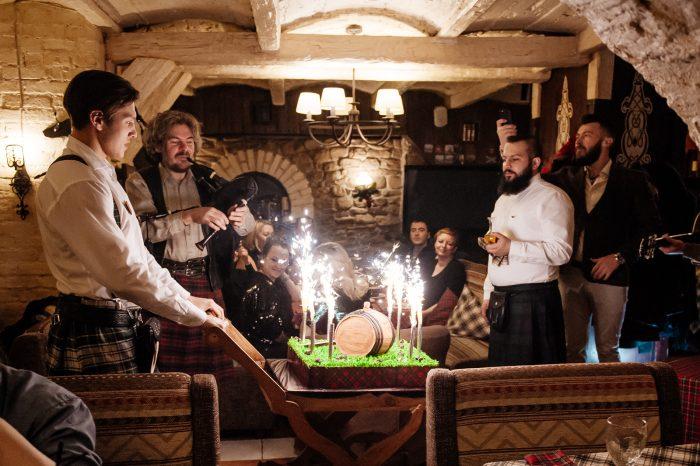 День рождения ресторана «Шотландская клетка»