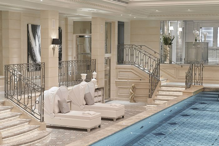 Домашние ритуалы красоты от экспертов по уходу за лицом отеля Four Seasons Hotel George V, Paris