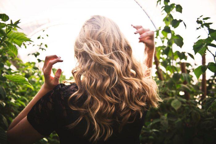Почему волосы быстро становятся грязными, и как это исправить?